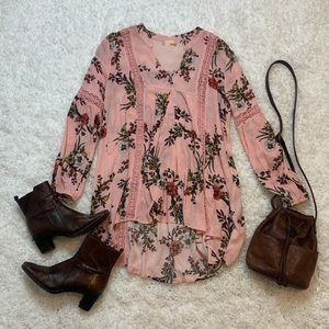 Altar'd State Floral Tunic Size M Never Worn